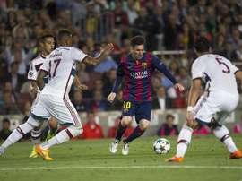 El 'zasca' de Boateng a Messi en el cuarto aniversario de la 'rotura' de cadera. EFE