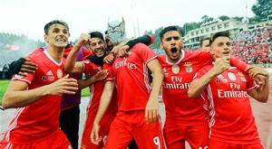 El Benfica podría haber cerrado un acuerdo con el lateral Matheus Leal. EFE/EPA