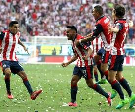 Hasta cuatro jugadores podrían dejar el cuadro mexicano este mercado. EFE