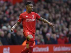 Nathaniel Clyne is likely to be sold this summer by Liverpool. EFE