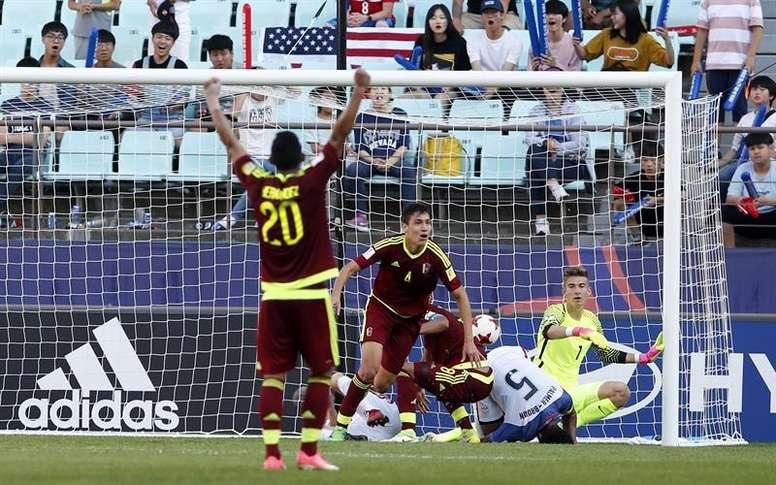 Venezuela derrotó por 2-1 a Estados Unidos y sigue soñando con el Mundial Sub 20. EFE