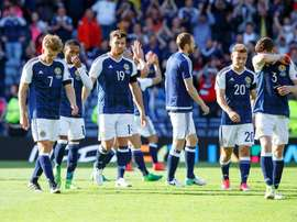 Scottish players react after the FIFA World Cup 2018 group F qualifying soccer match between Scotland and England at Hampden Park in Glasgow, Britain, 10 June 2017. The match ended 2-2. (Mundial de Fútbol) EFE