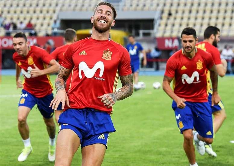 Ramos acordó las primas con Rubiales. EFE