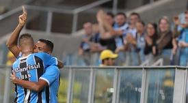 Gremio empató a tres ante Cruzeiro. EFE