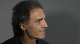 Óscar Ruggeri no pudo evitar emocionarse al hablar de Bilardo. EFE/Archivo