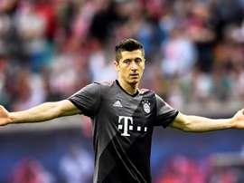 Lewandowski hizo dos tantos en el 0-5 del Bayren. EFE