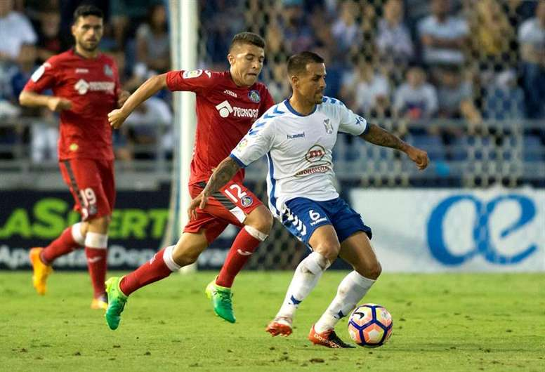 Vitolo jugó en Tenerife y Racing. EFE