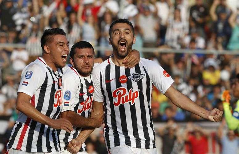 Salcedo prometió regresar a Cerro Porteño. EFE