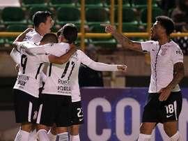O 'General Paraguaio' anotou o gol do triunfo corintiano. EFE