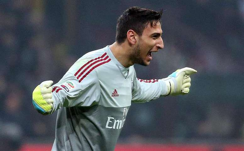 Gianluigi Donnarumma was happy with the reception he received. EFE/Archivo