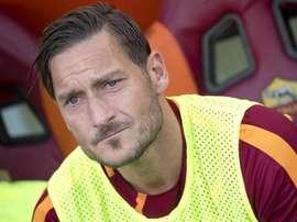 Totti estuvo entre las estrellas que despidieron a Pirlo en su partido homenaje. EFE/Archivo