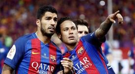Neymar no olvida a Suárez. EFE