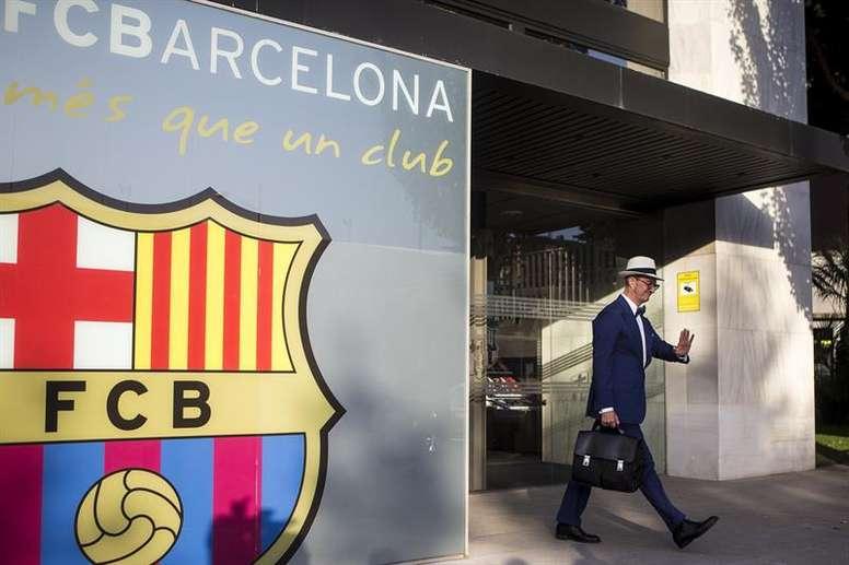 Advogado de Neymar é flagrado em Barcelona e dispara os rumores. EFE