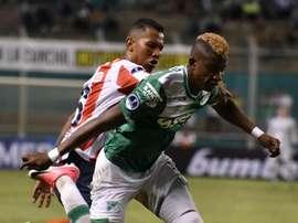 El lateral pone rumbo a la Eredivise paga jugar con el Ajax. EFE/Archivo