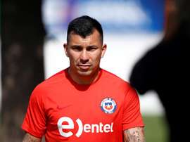 Gary Medel has called on the government to listen to the Chilean people. EFE/Archivo