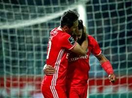 O Benfica bateu o Estoril por 1-2. EFE