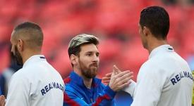 A única vez que Messi pediu uma camisa foi de um jogador do Real Madrid. EFE/Archivo