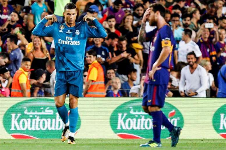 Rivera believes Ronaldo is more complete than Messi. EFE