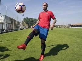 Digard, que estuvo en Osasuna, volverá a jugar en su país. EFE