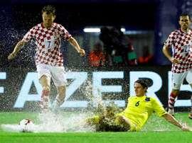 El partido tuvo que ser suspendido por las intensas lluvias. EFE