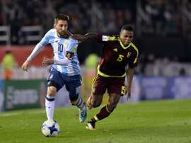 Messi volvió a ser testigo del fracaso de Argentino. AFP