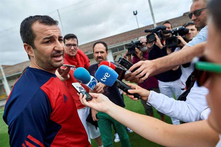 El entrenador de Osasuna no se fía del Sevilla Atlético. EFE/Archivo