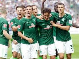 El conjunto de la Bundesliga se hace con un jugador de tan sólo 17 años. EFE