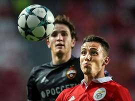 El Benfica cayó derrotado por 1-2 ante el CSKA de Moscú. EFE