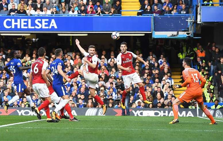 Arsenal want to close the gap with the top four. EFE