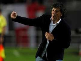 Víctor Hugo Andrada dejó de ser entrenador de Nacional de Potosí. EFE/Archivo