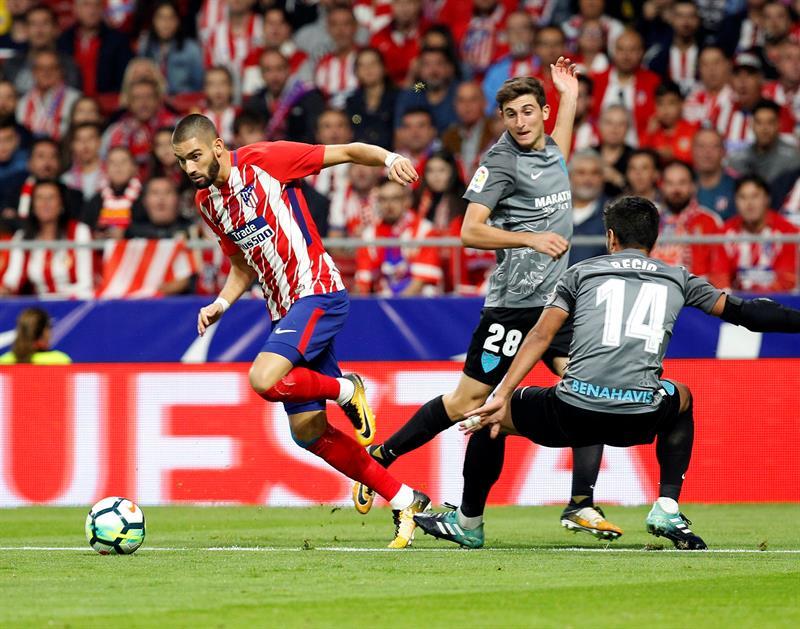 Atlético de Madrid acorta diferencia en Liga española