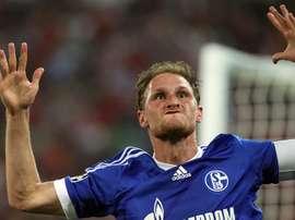 El central alemán acaba contrato con el Schalke 04 en 2020. EFE