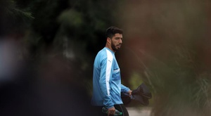 Suárez a tenu à soutenir son compatriote. EFE