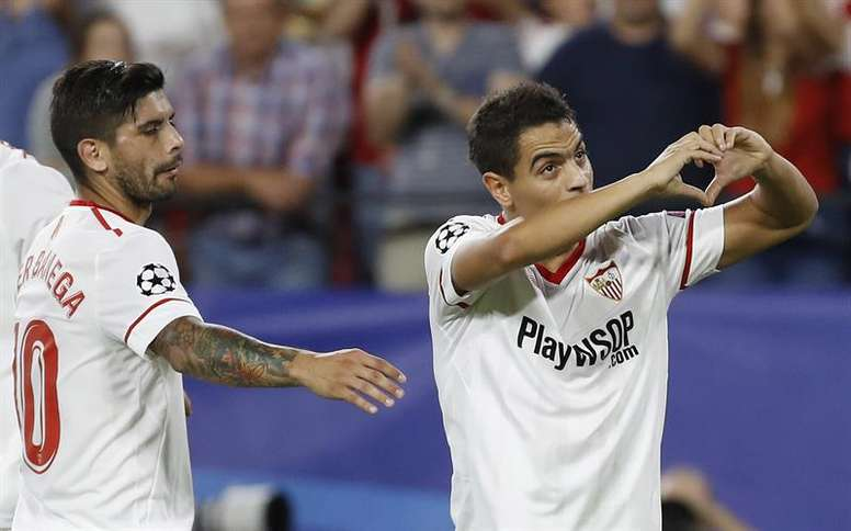 Ben Yedder celebrates scoring his third goal against Maribor in Sevilla's 3-0 victory. EFE