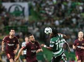 Un tanto en propia puerta le dio la victoria al Barça en Lisboa. EFE