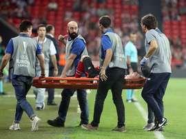 Muniain suffers serious knee injury. EFE