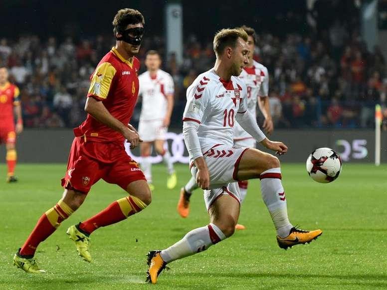 Vukcevic abandona a la Selección de Montenegro al estar sancionado. EFE