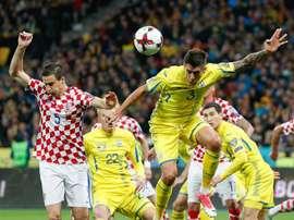 Croacia logró ganar en su visita a Kiev por 0-2 merced al doblete de Kramaric. AFP