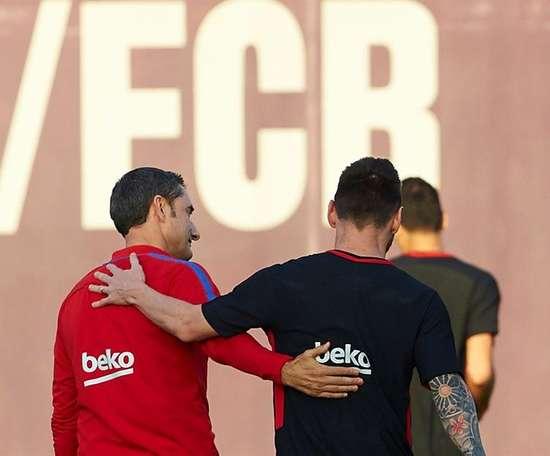 Valverde admite a falta que Messi faz. EFE