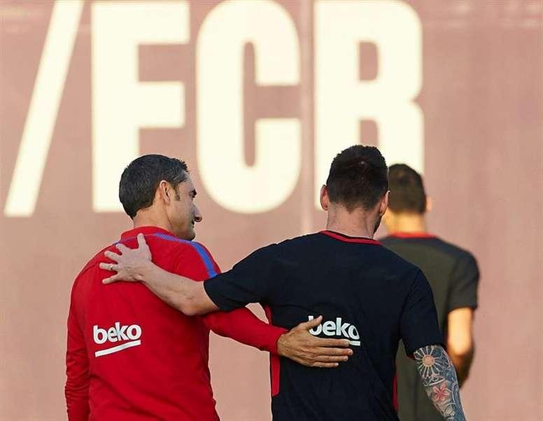 Valverde elogió a Messi tras su partidazo ante el United. EFE