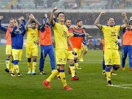 Equipe do Chievo festejar os três pontos. EFE