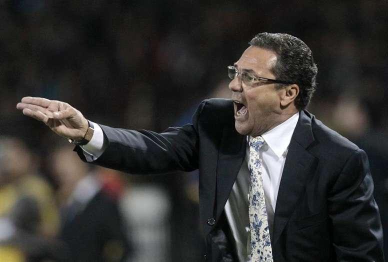 Vascaínos pedem a permanência do treinador. EFE