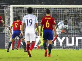 El inglés Brewster denunció insultos racistas de jugadores españoles. EFE