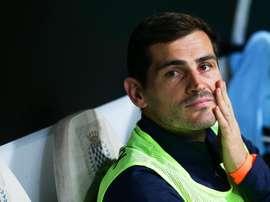 Uma visão pouco comum na carreira de Iker Casillas. EFE/EPA