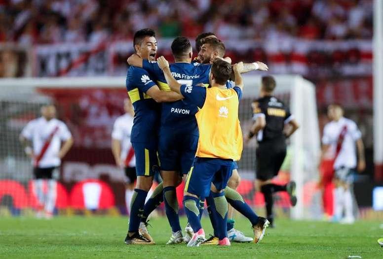 Boca y River se jugarán la Supercopa el 14 de marzo. EFE