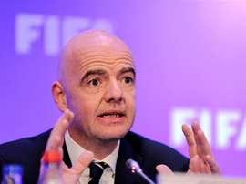 La FIFA multó a varias selecciones por cánticos y pancartas políticas. EFE/Archivo