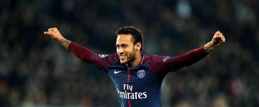 Abram alas para o benevolente' Rei de Paris', que já deu 5 gols aos seus companheiros. EFE/Archivo