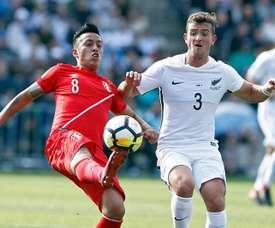 Peru e Nova Zelândia jogam por um lugar na Copa do Mundo. EFE