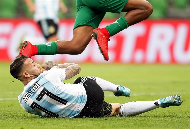 Argentina vence a Italia sin la presencia de Lionel Messi