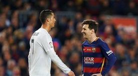 Berbatov nomme trois stars qui pourraient imiter Ronaldo ou Messi. EFE